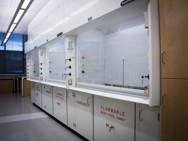 Fume Hoods Use Inspection And Maintenance Ehs